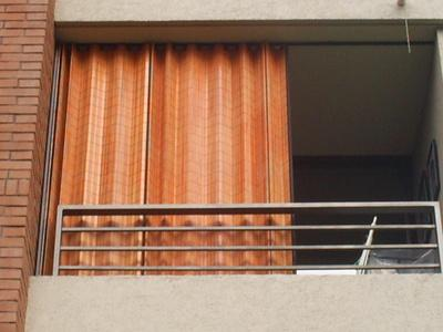 Hangaroa persialux - Persianas para balcones ...